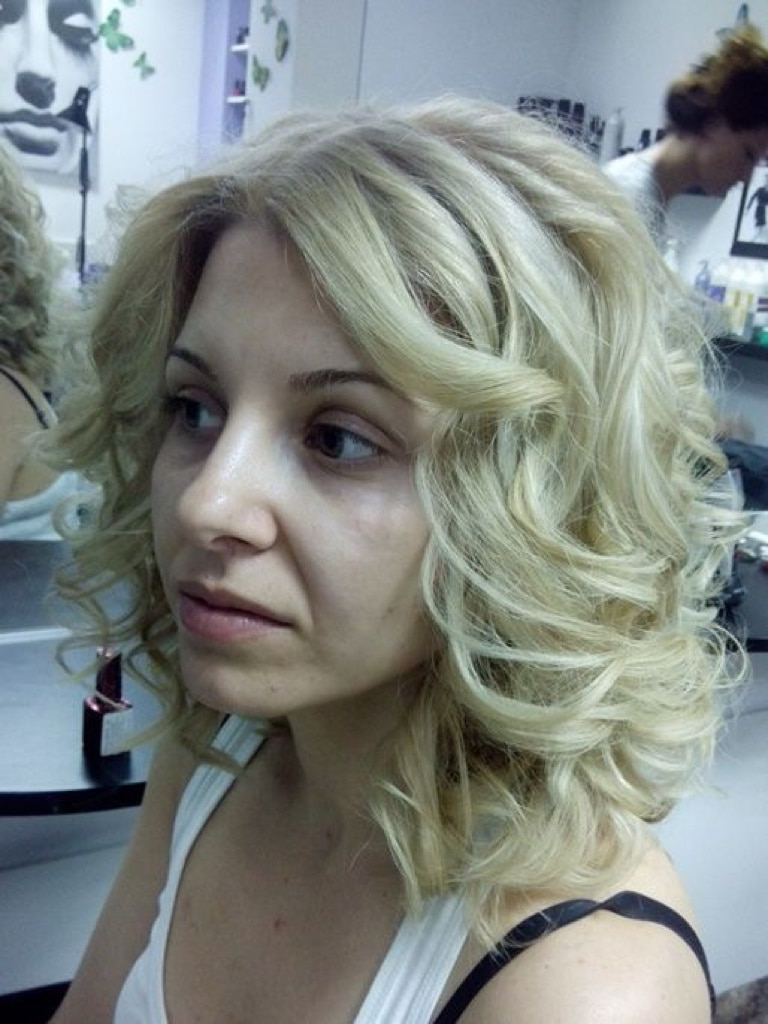 Sensational 3 Secrets Revealed On How To Curl Short Hair Hairstyle Inspiration Daily Dogsangcom