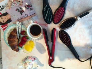 5 UK Hair Brush Straightener Models | Expert reviews