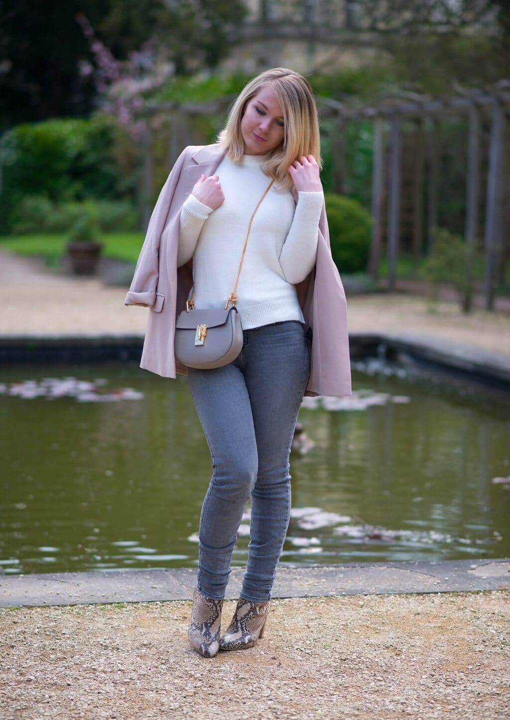 lorna-burford-uk-fashion-blogger-blush-pink-jacket