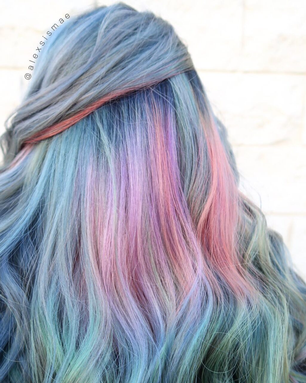 Oil slick hair blonde 1